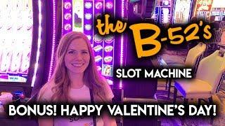 Love Getaway BONUS! B52s Slot Machine!!
