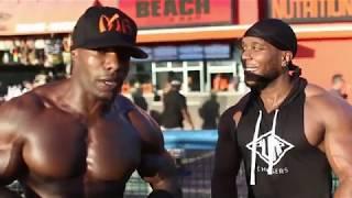 "Chris ""Beastmode"" Jones Trains At Muscle Beach"