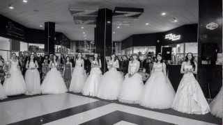 Показ свадебных платьев от салона