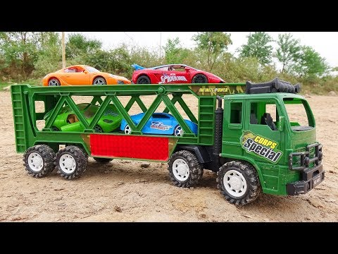 The cars hit each other and were rescued A392T - Toys for kids