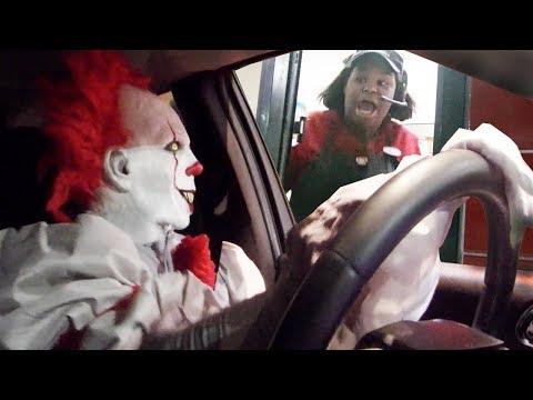 Drive Thru Killer Clown Prank 2017 IT Halloween Costume