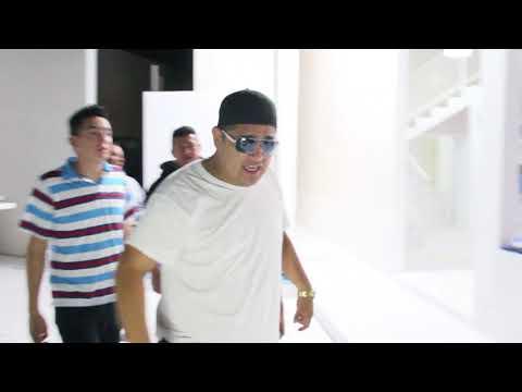 Download Youtube: El que saluda con sombrero ajeno   Sarco Entertainment