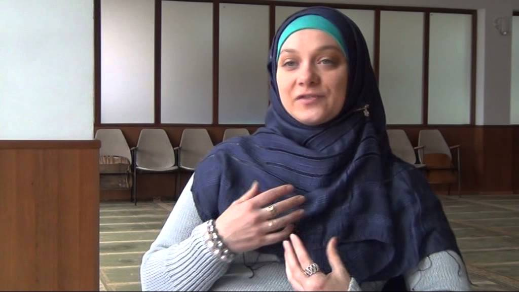 Intalnirea cu femeia musulmana convertita Tilt Site Dating