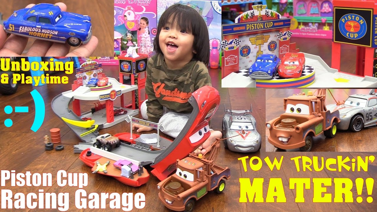 Disney Pixar Cars Piston Cup Racing Garage Play Set Tow