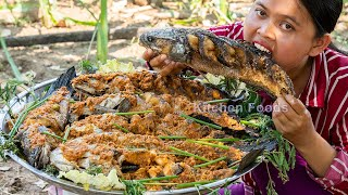 Yummy &amp Cooking Village Foods - Deep Fried Big Snakehead Murrel Fish with Water Mimosa Recipe
