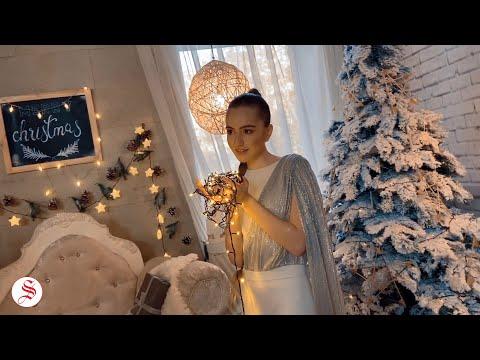Դալիթա Ավանեսյանը NEWS.am Style-ի ամանորյա ֆոտոշարքում