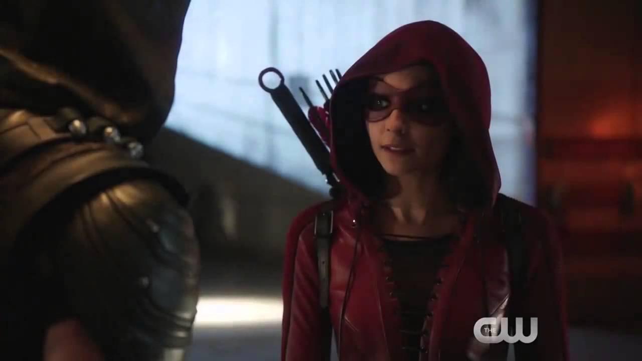 фото стрела из сериала