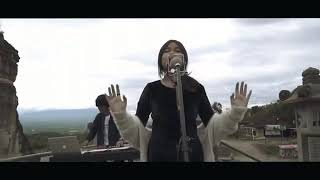 Video Bianca Jodie ft alffy - Keajaiban Semesta (ost knight kris) Cover download MP3, 3GP, MP4, WEBM, AVI, FLV Maret 2018