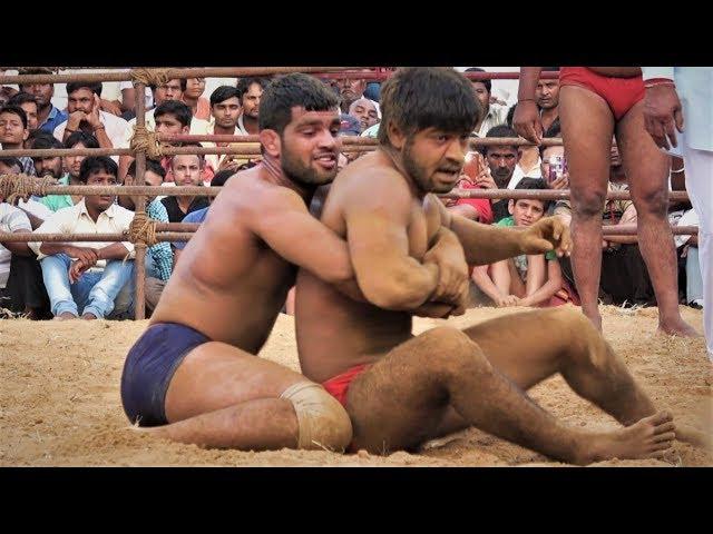 Kushti Wrestling Bout कुश्ती – Dundaheda Dangal
