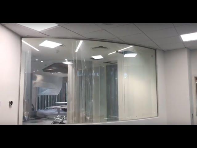 VINILE® en Oficinas: Lámina de privacidad en Sala de Reuniones.