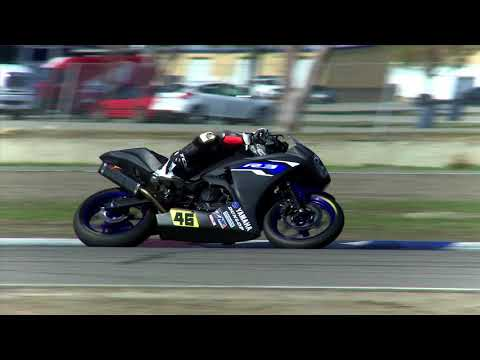 Graves Yamaha YZF-R3 Support Program Rider Feature Gauge Rees