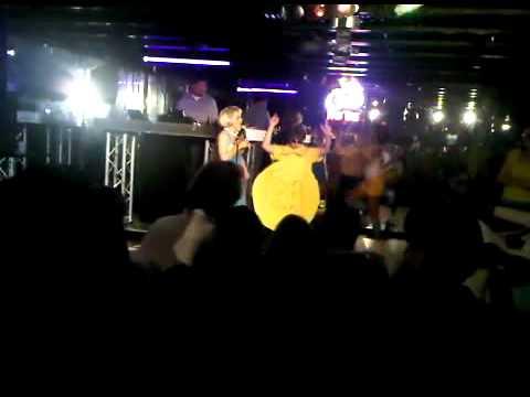 Zeithaml Karaoke 2010