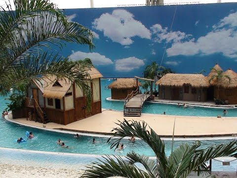 Tropical Islands Berlin, Tropenurlaub voller Exotik, Tropenparadies in der Halle Indoor