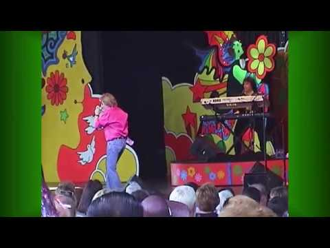 EPCOT Flower Power Flash Back 2003 Concert 9