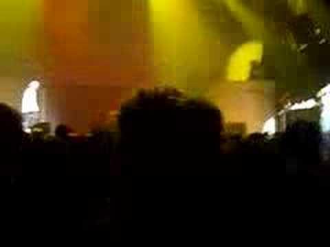 Jibbs-Chain Hang Low (live)
