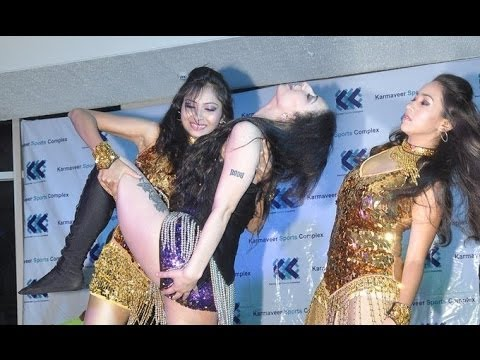UNCENSORED:Shanti Dynamite's Erotic Dance