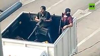 México: Graban a hombres armados participando en un enfrentamiento en Culiacán
