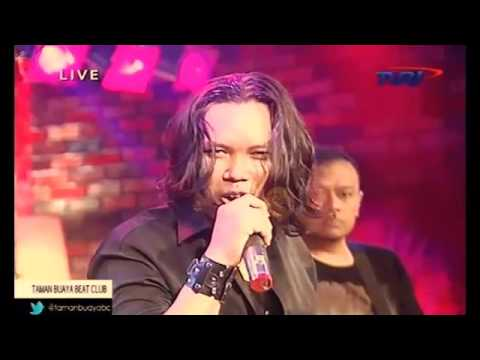 MONARKI -  Serenade of you -  Live at Taman Buaya TVRI Jkt
