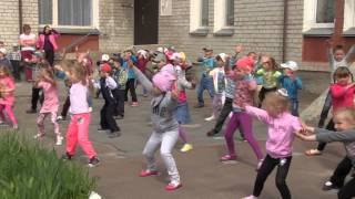 видео Вихованцям дитячого садочка № 3 у Чернівцях