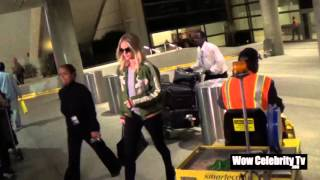 Rosie Huntington whiteley spotted at LAX Airport