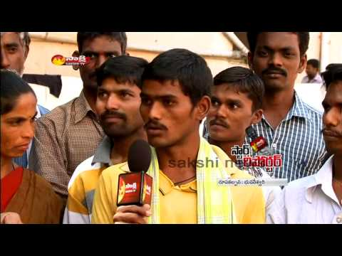 Sakshi Star Reporter - 30 years industry fame Actor Prudhviraj with Hyderabad labour
