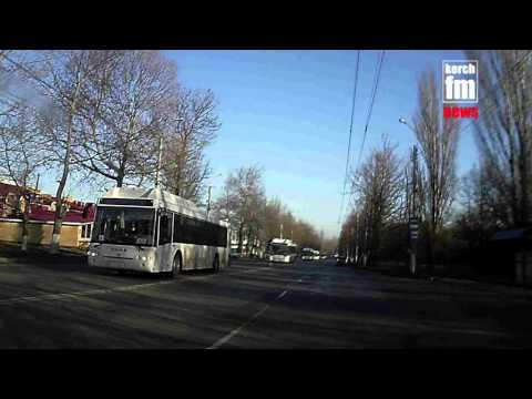 Автобусы провозят через Керчь
