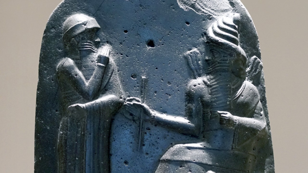 hammurabi code Hammurabi, the prince, called of bel am i, making riches and increase, enriching nippur and dur-ilu beyond compare, sublime patron of e-kur who reestablished eridu and purified the worship of e-apsu who conquered the four quarters of the world, made great the name of.