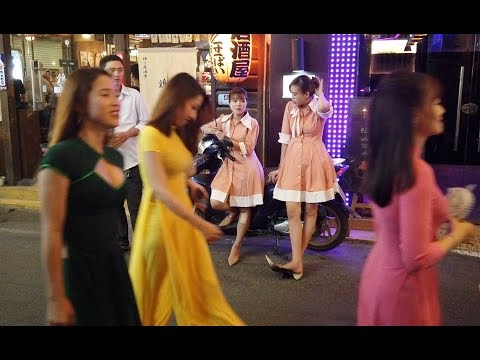 Nightlife of Hochiminh city in Vietnam, Beautiful Vietnamese women in the Massage shop area