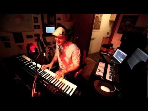KNOCKS ME OFF MY FEET - Stevie Wonder (Mo Brandis Cover)