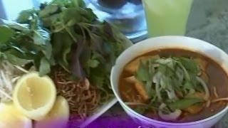 Bún Bò Huế Chay - Xuân Hồng