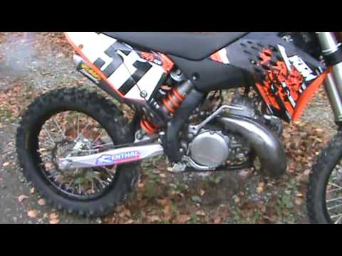 ktm 250 sx 2009 with a fmf factory fatty and titanium 2 silencer
