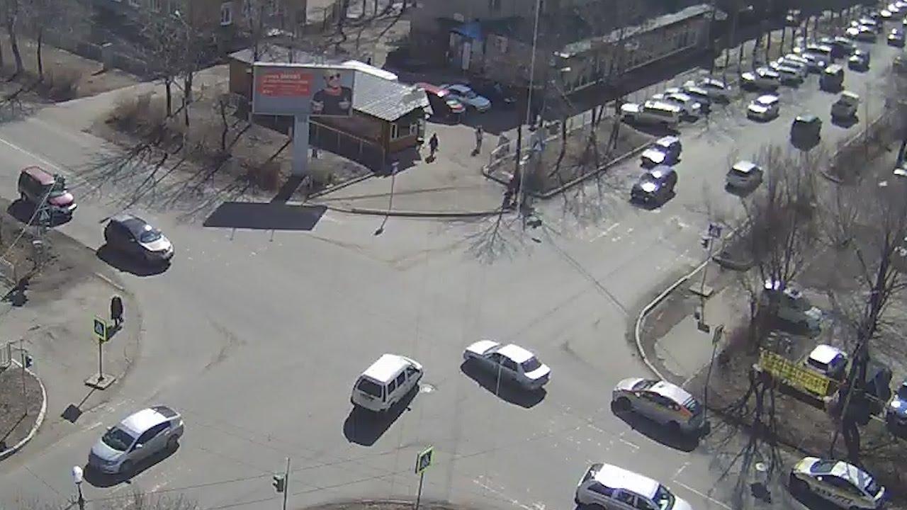 ДТП Уссурийск ул. Комсомольская ул. Советская 23 марта перекресток