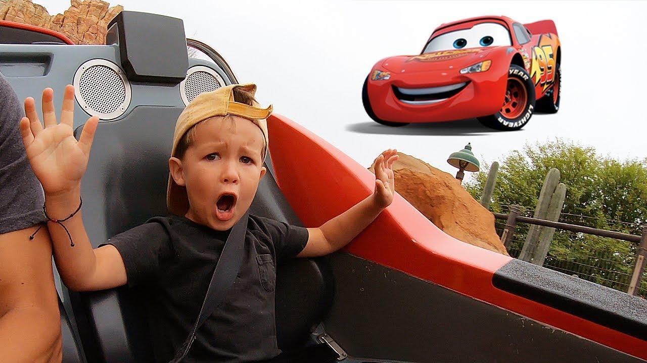 Manilla Picks EVERYTHING We Do at Disneyland and Star Wars Land!!
