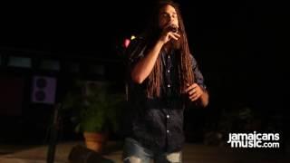 Keznamdi performs at #EarthHourJA 2016