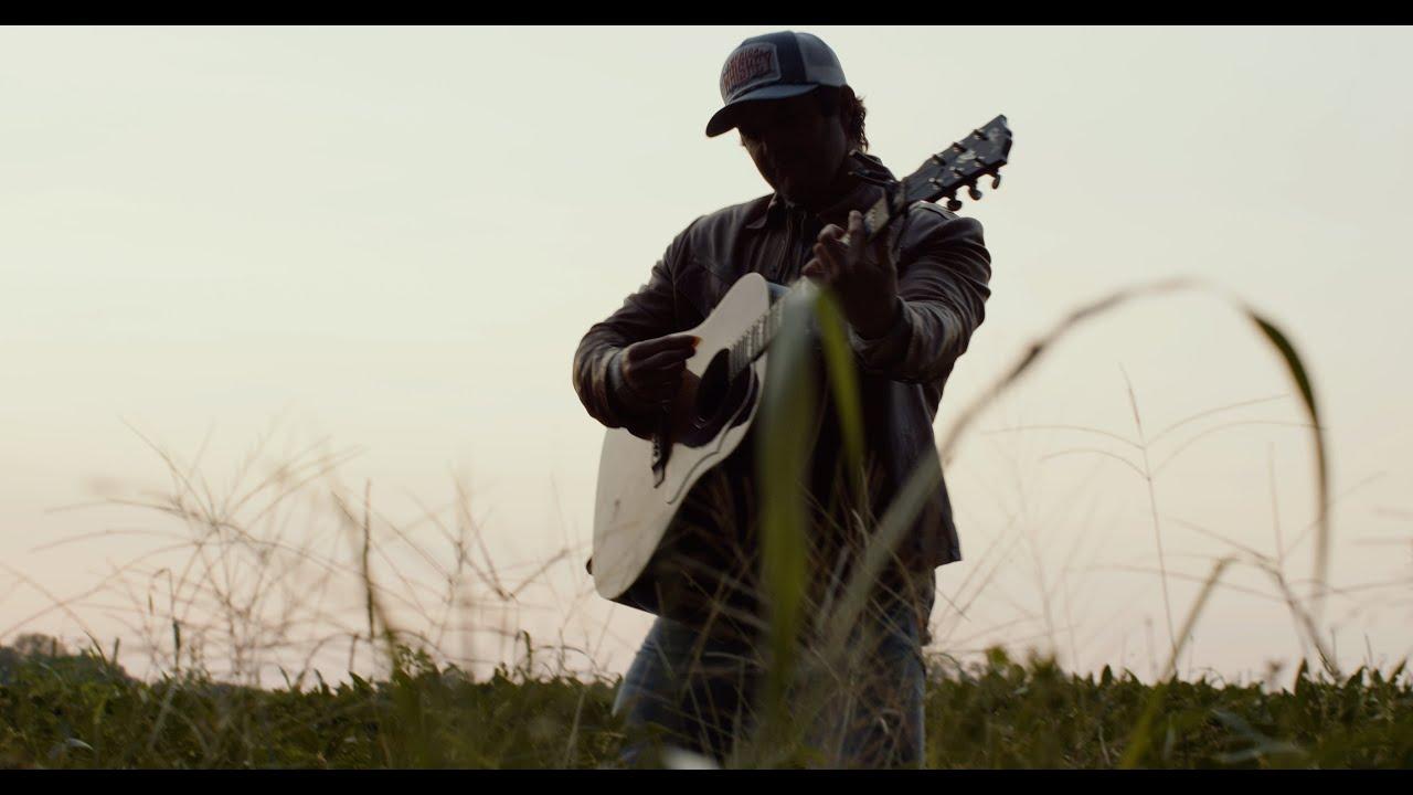 "Easton Corbin - ""Didn't Miss A Beat"" (Official Music Video)"
