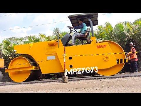 Road Work Motor Grader Tandem Roller And Asphalt Paver