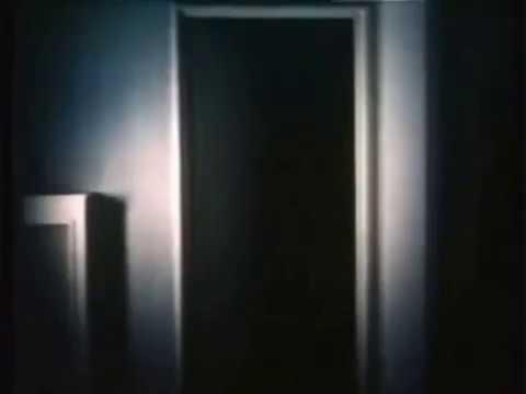 Colonna sonora della miniserie televisiva la porta sul - La ragazza della porta accanto colonna sonora ...