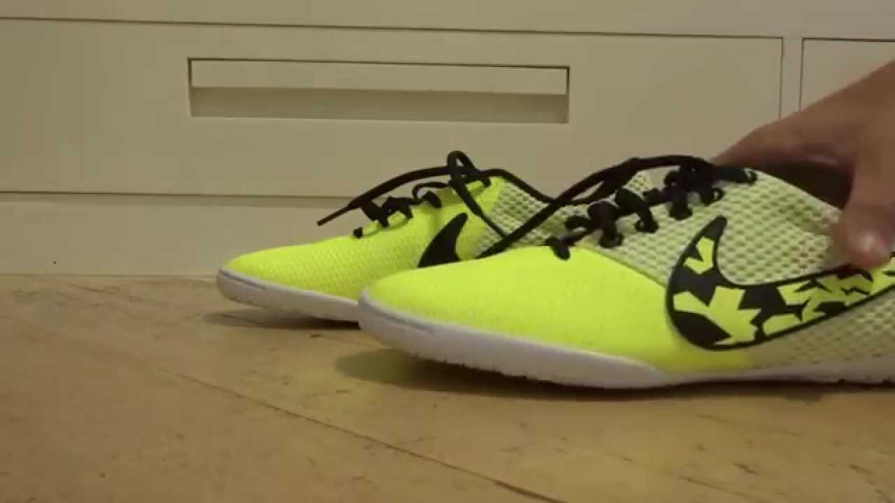 NIKE ELASTICO PRO III IC TOQUE MACIO E ALTA PERFORMANCE - YouTube 95d709d7d5a6f