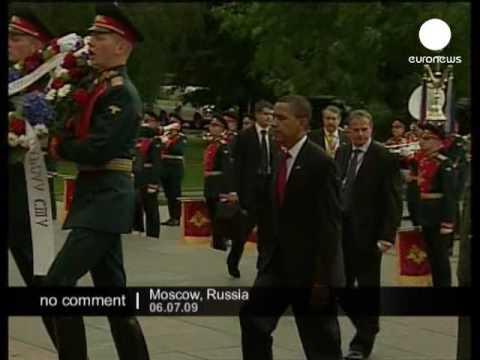 Obama begins Russia visit