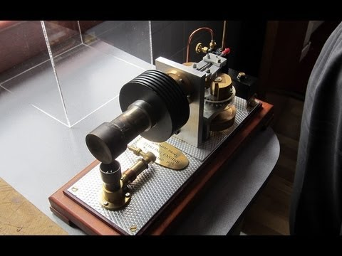 Rhombic Drive Stirling Engine by William Kidd