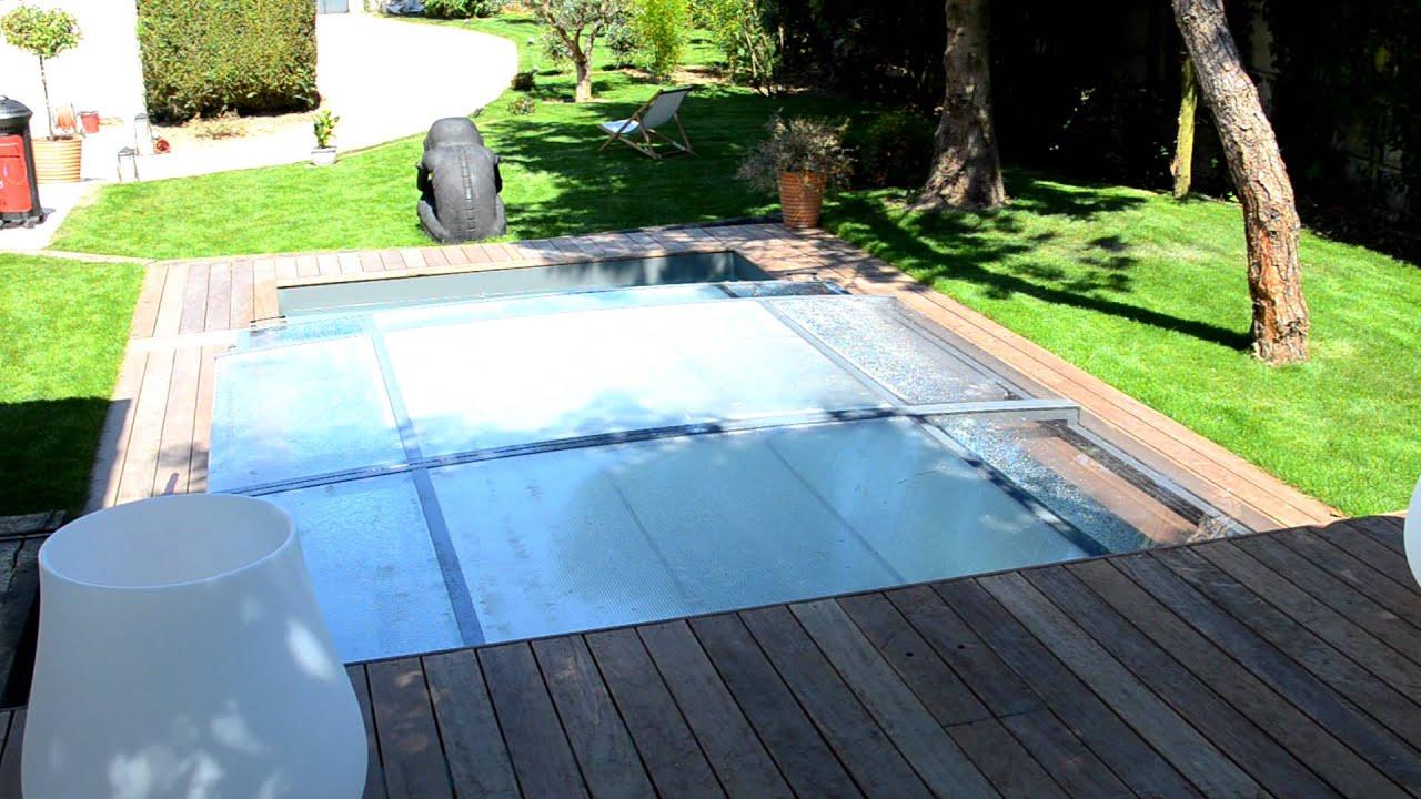 piscine pr sent e par val rie damidot dans d co m6 abri. Black Bedroom Furniture Sets. Home Design Ideas