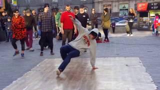 ВЛОГ: Уличные танцоры Киева. Брейк да нс  балт . На Крещатике. (Best Breakdance Ever Compilation)