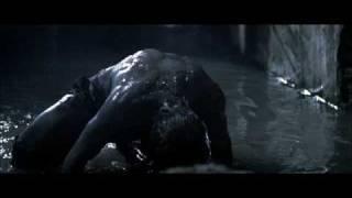 """Scena tratta da """"Underworld"""" del 2003 di Len Wiseman. Combattimento..."""
