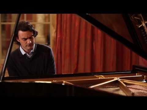 Pianist Ivan Ilić performs 'Cantique à l'épouse' by Ernest Chausson
