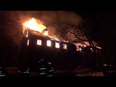 Beacon, 668 Wolcott Av Vacant Structure on Fire 3/21/13 Video15