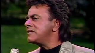 Baixar Johnny Mathis - Something New In My Life & Interview