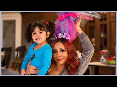 Snooki's Trolls Hair DIY with Sissy!