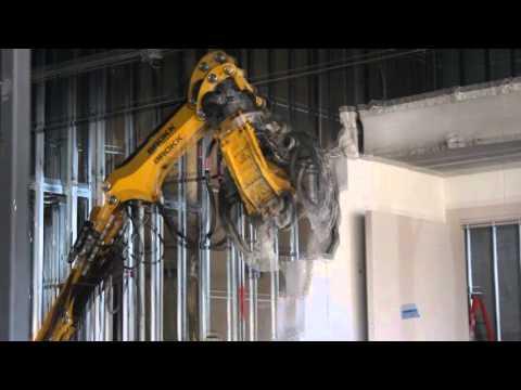 Breaking a Poured Solid Block Vault w/ Brokk 100 @ Sendiks