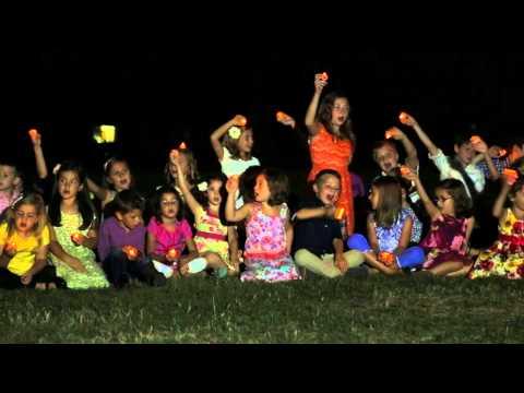 Corul de copii Licurici - Fa-ma Doamne licurici