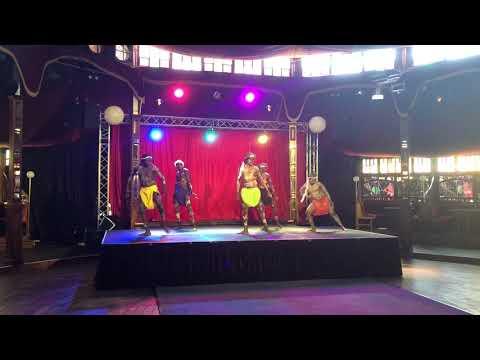 Djuki Mala dancers at Perth Fringe Festival